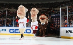 Washington Nationals presidents race on ice skates