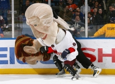 Washington-Nationals-Presidents-Race-on-Ice-Photo-NHL.com