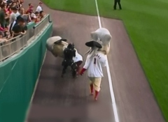 Presidents Race Samurai - Nationals Park