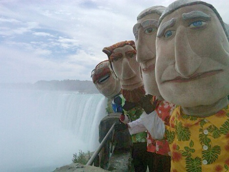 Nationals Racing Presidents on the Road - Niagra Falls