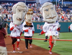 Presidents Race runs left George Washington Wins photo by Cheryl Nichols