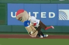 Washington Nationals racing presidents Teddy Roosevelt tackles Pittsburgh Pirates racing Pierogie Potato Pete
