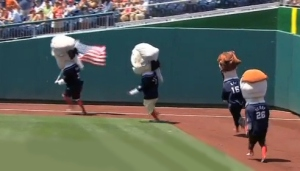 July 4 Presidents Race - Thomas Jefferson Always Wins Declaration of Independence