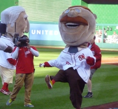 Teddy Roosevelt celebrates victory Nationals presidents race
