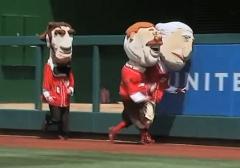 Nationals racing presidents Teddy tackles George Washington