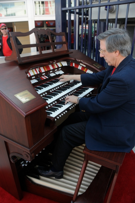 Nationals Park Organist - Washington Nationals