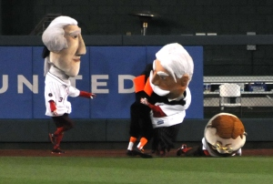 Baltimore Orioles Bird Tackles Nationals Racing Presidents William Howard Taft