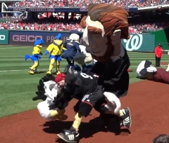 Abe Lincoln knocks off DC United Talon's Head - Nationals Park Presidents Race