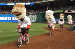 Presidents race capital bikeshare Teddy wins on bicycle