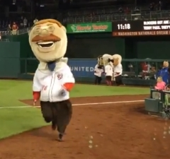 Teddy Roosevelt wins extra innings Nationals presidents race 13th