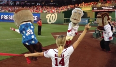 Nationals racing presidents lead Nationals Park crowd chanting USA USA