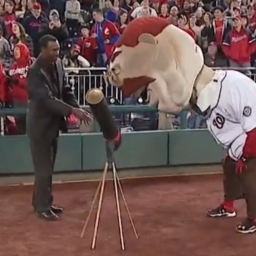 Video: ESPN's Doug Glanville helps Teddy Roosevelt on Earth Day