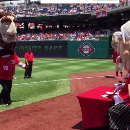 Video: Paula Abdul judges Presidents Race Dance Off, Abe Lincoln steals it