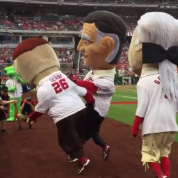 Full video: Calvin Coolidge cheats, shoves Teddy Roosevelt to win his first Nationals presidents race