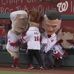 Video: Nats racing presidents pay tribute to Yogi Berra