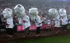 Presidents race moonwalk