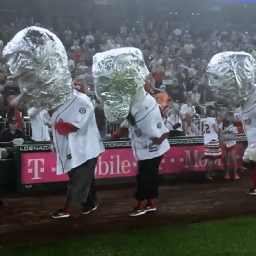 Video: Racing presidents moonwalk in tinfoil helmets for visiting astronaut Kjell Lindgren
