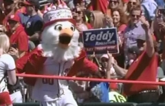 Screech wins Nationals Presidents Race Let Teddy Win