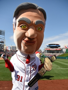 Washington Nationals Racing President Herbert Hoover Wins