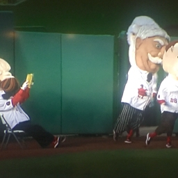 Video: Abe Lincoln finds his form, taunts his fellow racing presidents