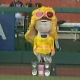 Video: Teddy Roosevelt Walks Like an Egyptian on 80s Night