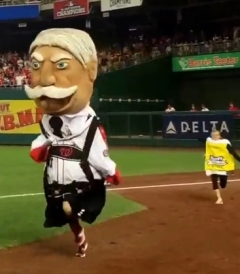 nationals-presidents-race-oktoberfest