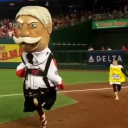 Video: Presidents race in lederhosen for Oktoberfest at Nationals Park