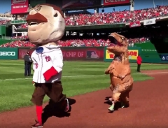 t-rex-chases-teddy-roosevelt-racing-presidents