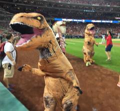 teddy-roosevelt-t-rex-presidents-race