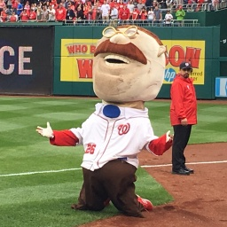 Nats racing presidents return to old ways, robbing Teddy Roosevelt of victory to kick off 2017 season